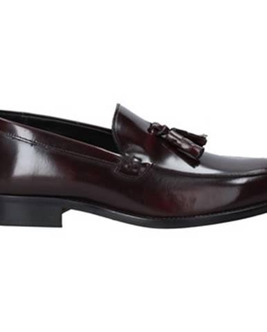 Červené topánky Rogers