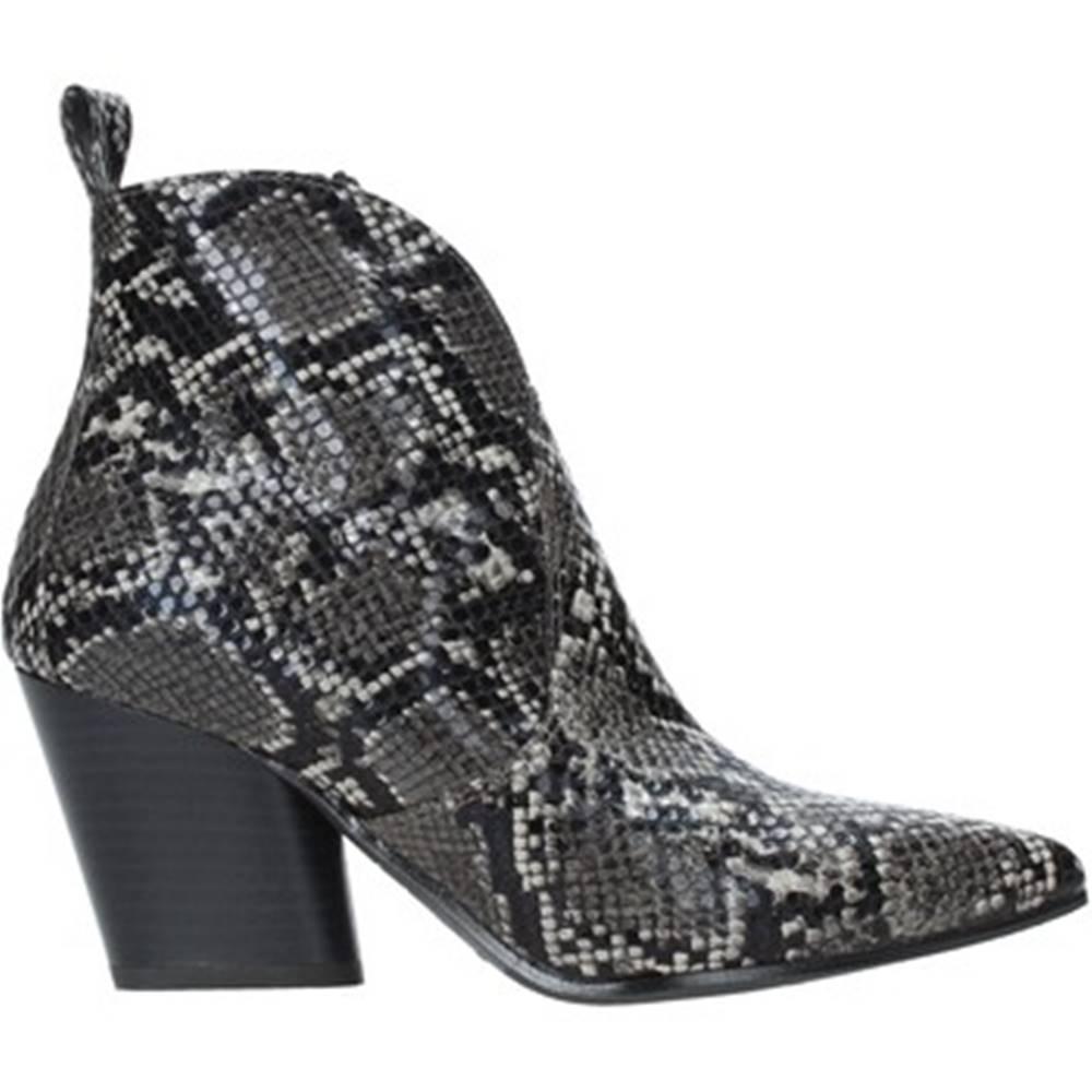 Grace Shoes Čižmičky Grace Shoes  7241007