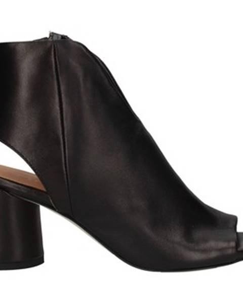 Čierne sandále Lorenzo Mari
