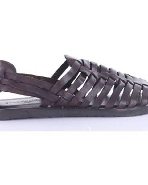 Hnedé sandále The Sandals Factory