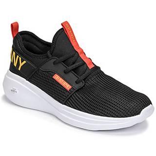Fitness Skechers  GO RUN FAST/VALOR