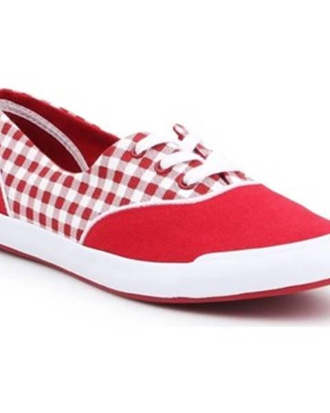 Červené tenisky Lacoste