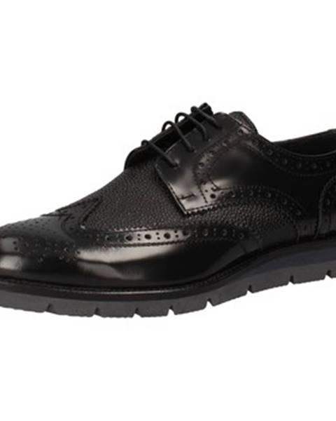 Čierne topánky J Breitlin