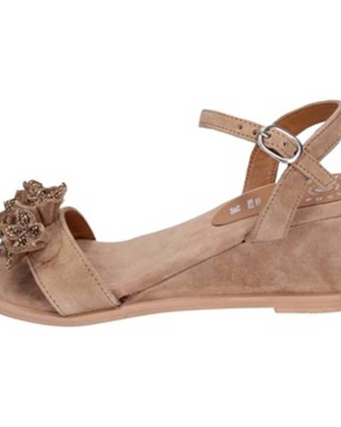 Hnedé sandále Adriana Del Nista
