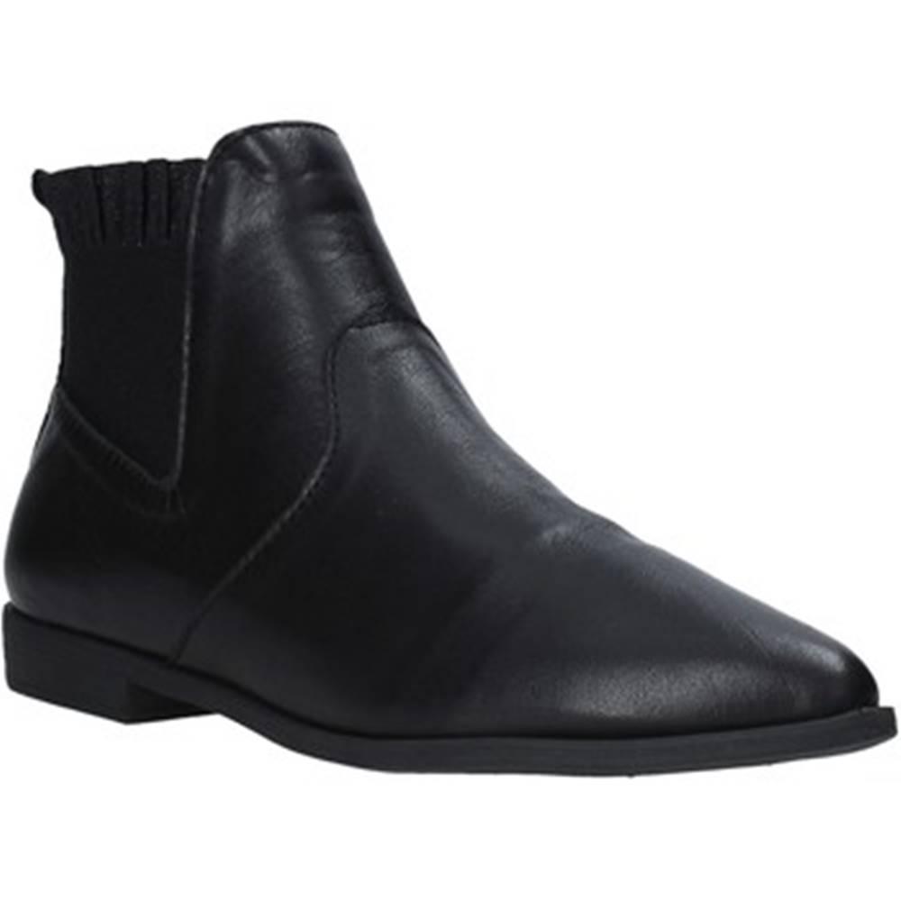 Bueno Shoes Čižmičky Bueno Shoes  20WP0708