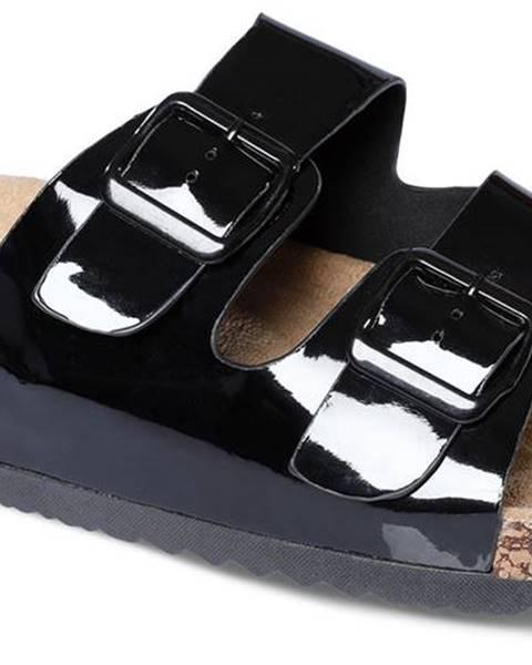 Čierne papuče lee cooper