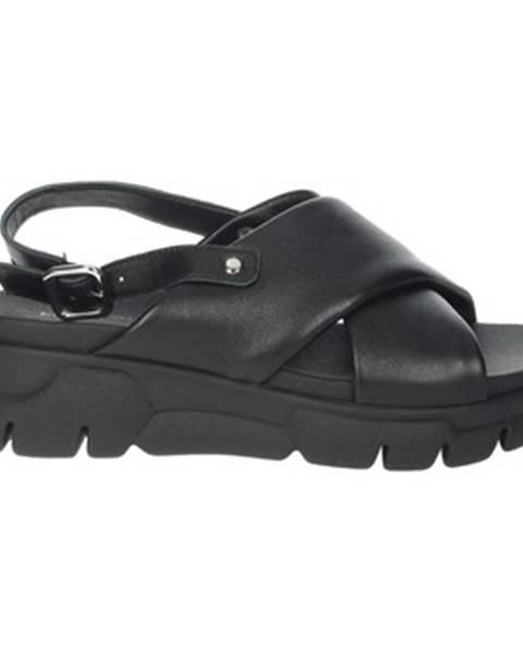 Čierne sandále Frau