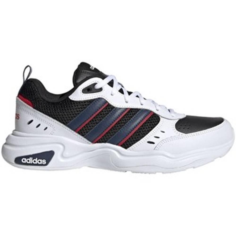 adidas Nízka obuv do mesta  Strutter