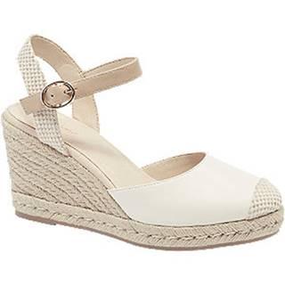 Biele sandále na klinovom podpätku