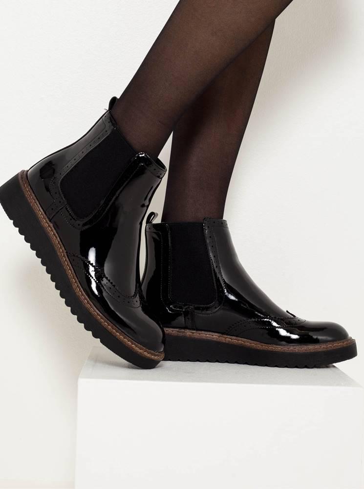 CAMAIEU Čierne lesklé členkové topánky na platforme