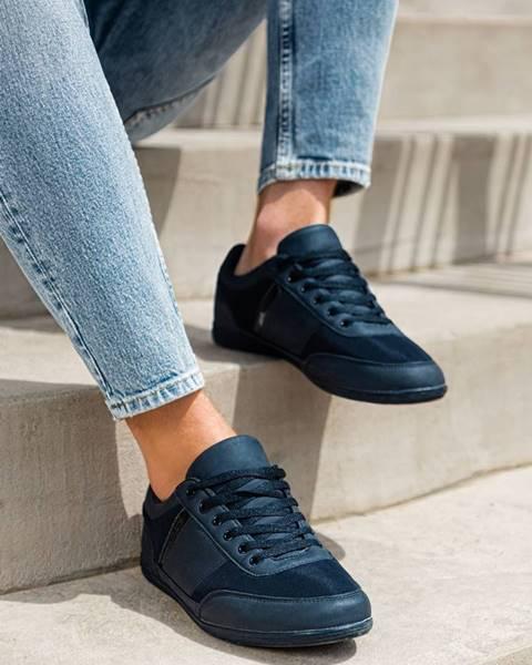 Červené topánky Ombre Clothing