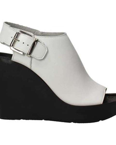 Biele topánky Bronx