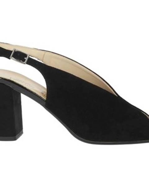Čierne topánky Linea Uno