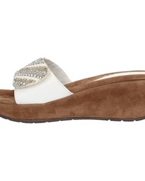 Biele topánky Clia Walk