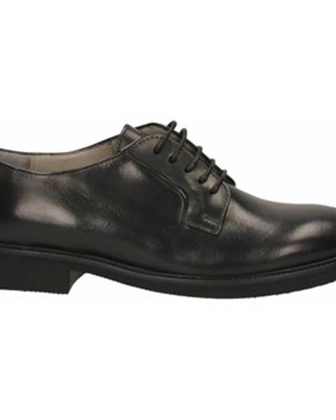 Čierne topánky Calpierre