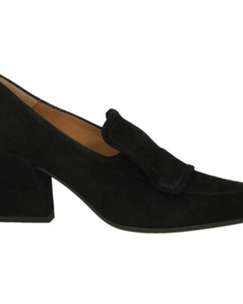 Čierne topánky Pomme D'or