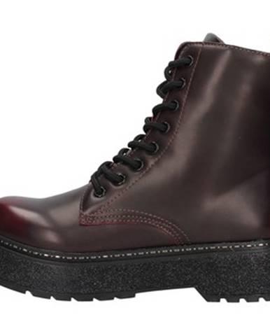 Červené topánky Café Noir