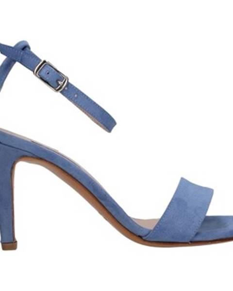 Modré topánky L'amour