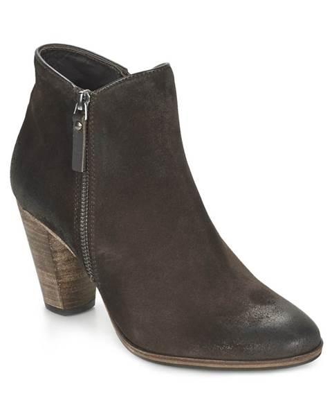 Hnedé topánky n.d.c.