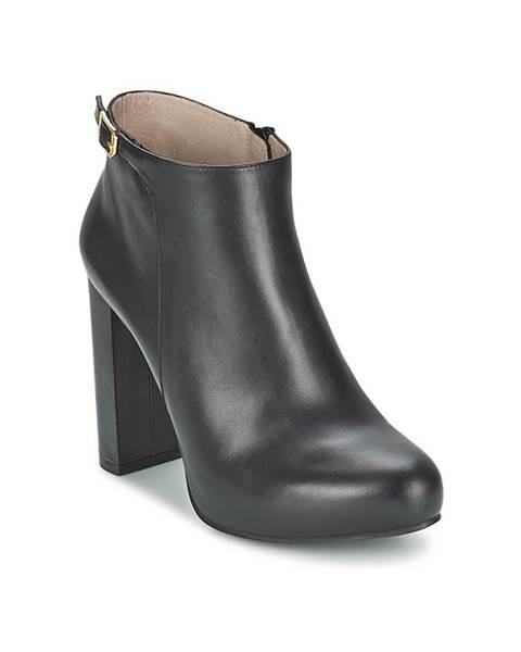 Čierne topánky Unisa