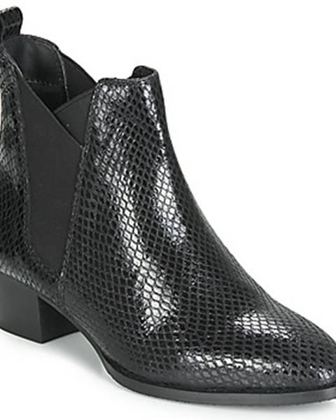 Čierne topánky Ravel