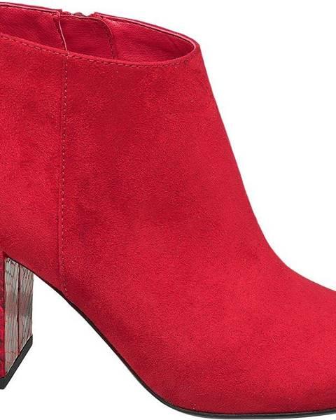 Červené čižmy Graceland